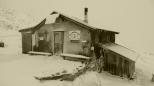Neue Reutlinger Hütte 2395 m.